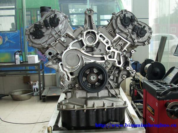 奥迪a8l发动机维修维修手册(拆卸和安装稳定)